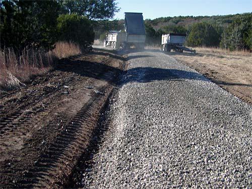 Картинки по запросу Строительство грунтовых дорог